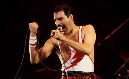 freddie-mercury-17-sized