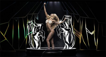 lady-gaga-applause-2