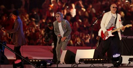 the-who-perform-at-the-closing-ceremony