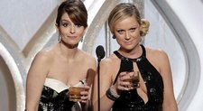 Golden-Globes-2014-Tina-Fey-Amy-Poehler-Will-Host-Again